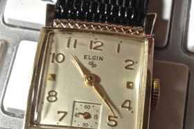 "Elgin 17 Jewels, Knurled Bezel ""Gregory"""