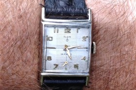 Elgin 19 Jewel, Case 9529 (sold)